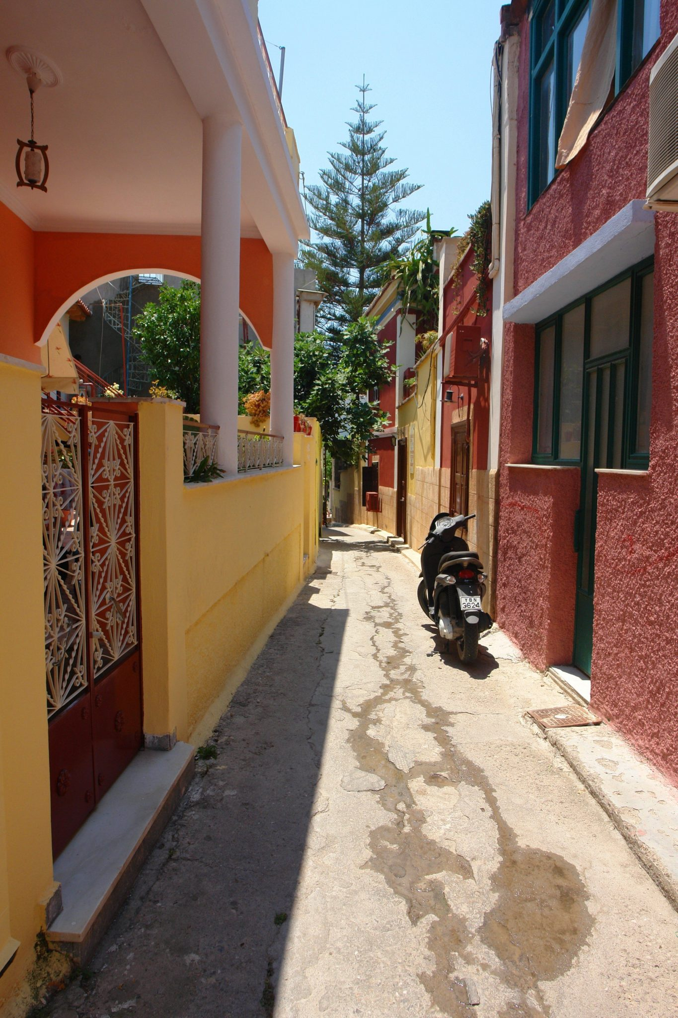 Picturesque alley in Aegina