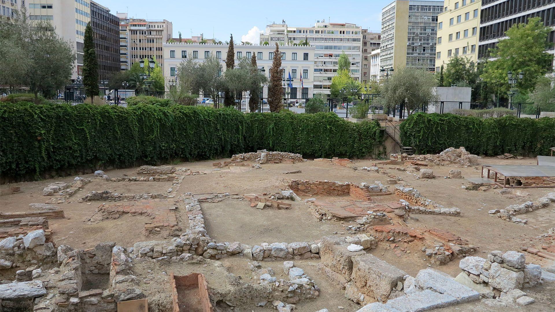 Square Kotzia ancient site Πλατεία Κοτζιά αρχαιολογικός χώρος