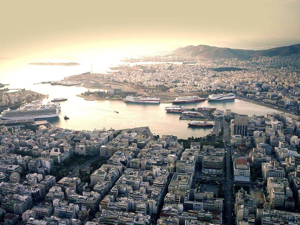 Piraeus port Mediterranean Λιμάνι Πειραιάς Μεσόγειος