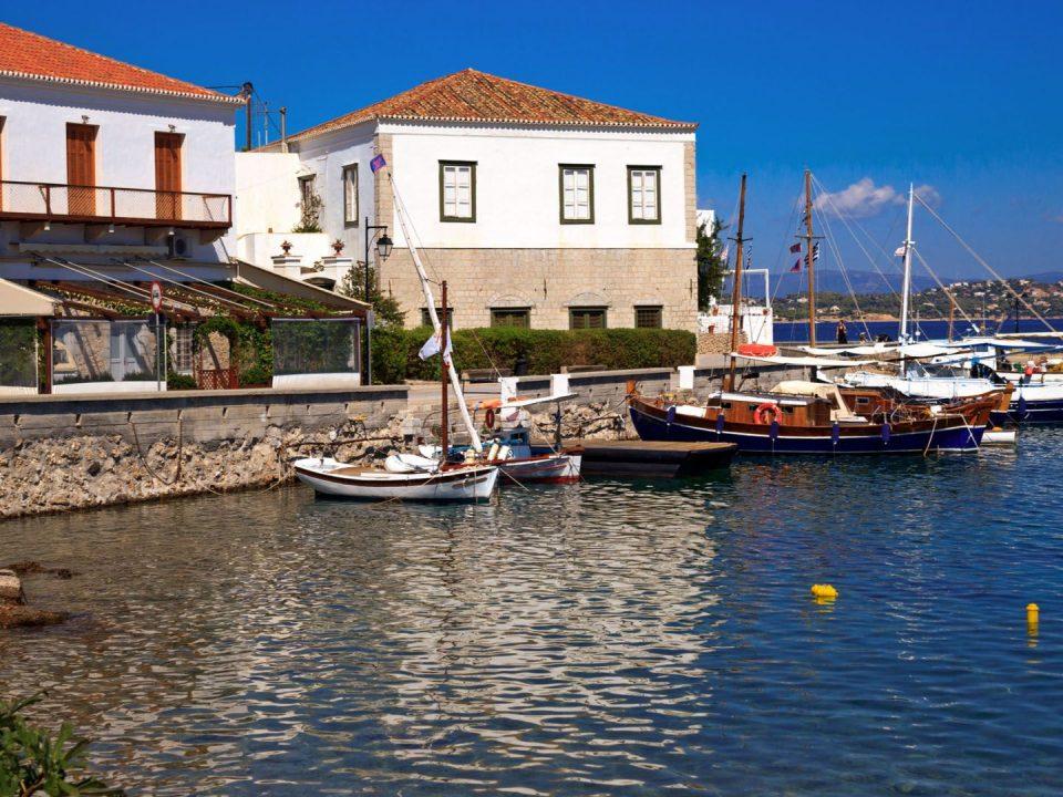Παλιό Λιμάνι Σπετσών, Σπέτσες, Αττική, Νησί