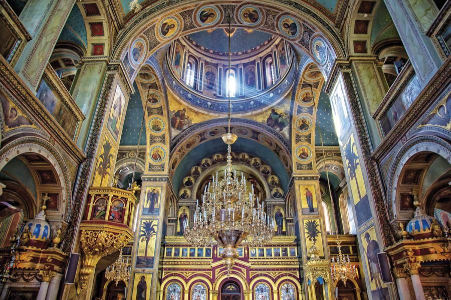 The-interior-of-Ag.-Konstantinos-and-Eleni-church