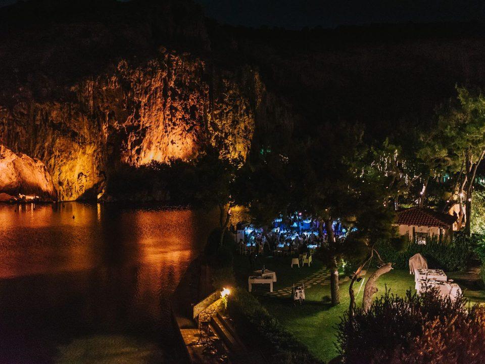 λίμνη, νύχτα, φώτα, εστιατόριο, βράχια, Βουλιαγμένη