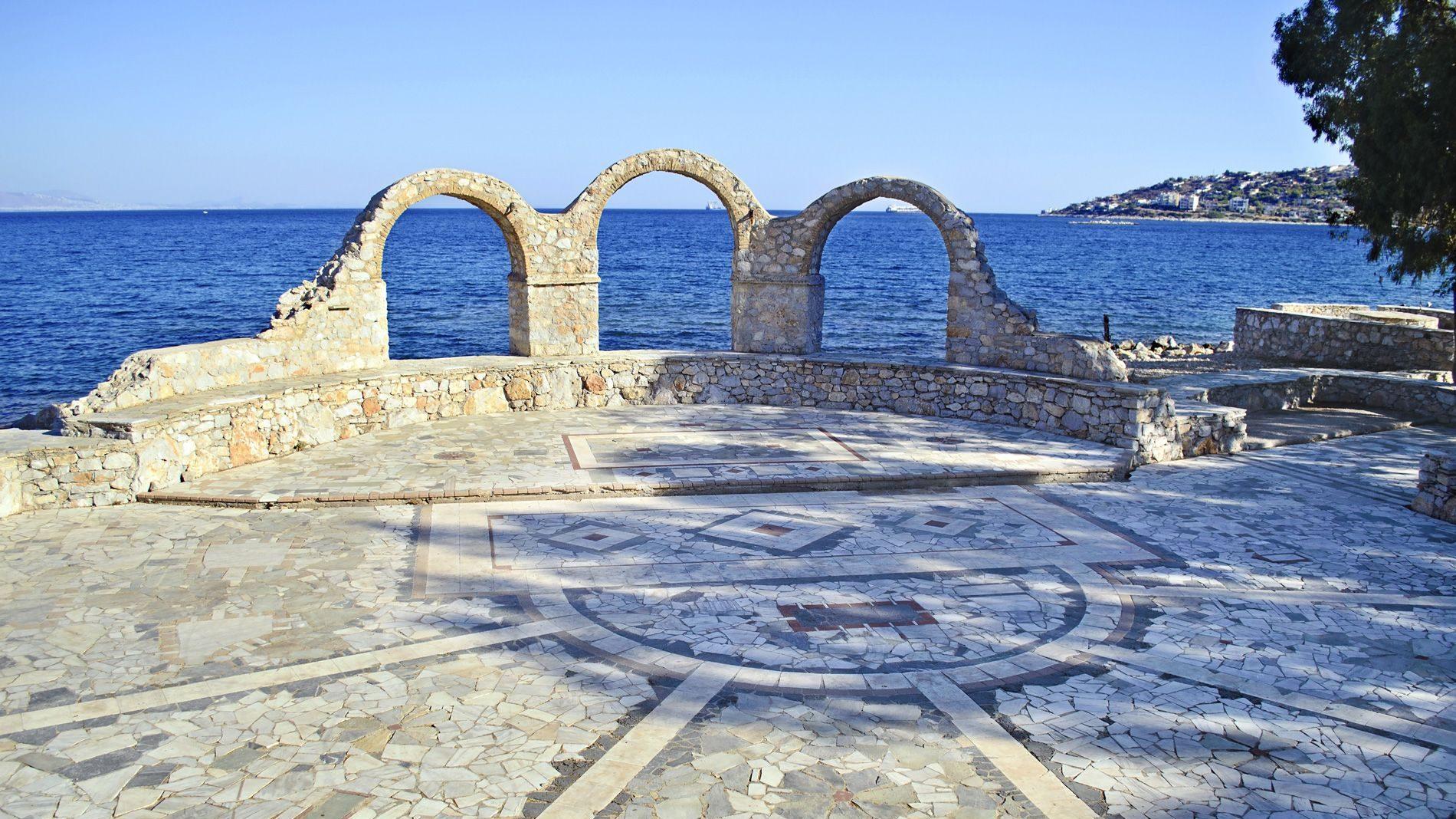 Salamis, Piraeus