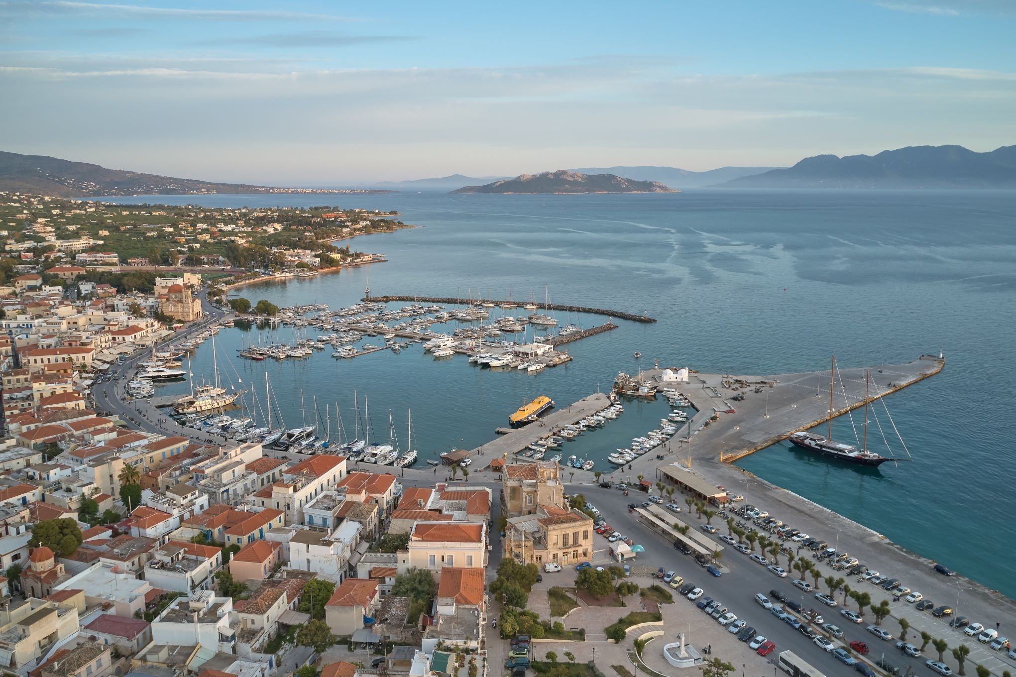Region_of_Attica_Aegina_port